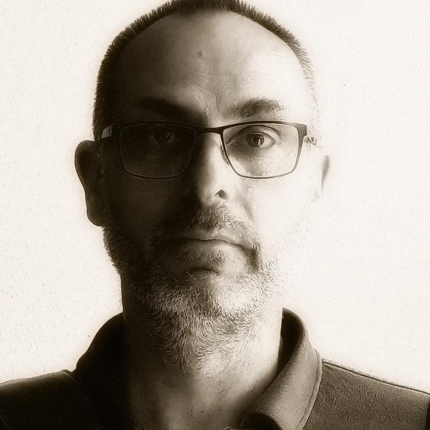 Oliver Simon   Autor Online-Redakteur